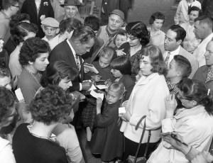 Ed Sullivan & Harry Belafonte visit Hudson 1959 (2)