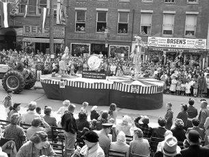Hudson Champlain Celebration Parade 1959 (4)