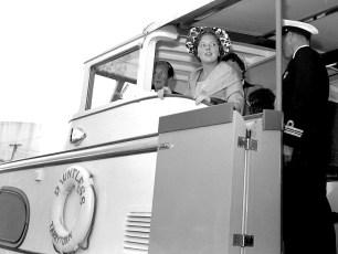 Hudson Champlain Celebration Parade Queen Julianna arriving 1959