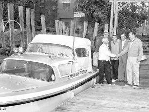 Hudson Power Boat Asso. welcomes 2 men bound for Oregon 1959
