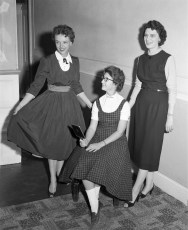 Professional Business Woman's Group displaying fashions Hudson 1957 (3)
