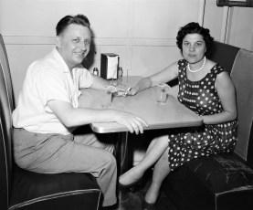 Yusko Fairwell Party Hudson 1957 (1)