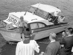 Hudson Power Boat Assn. Blessing of the Fleet 1963 (5)