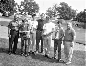 Elks Golf Awards at Col. Country Club 1968 (1)