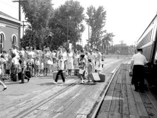 Hudson Fresh Air Fund 37 children arriving from N.Y.C. 1967 (2)