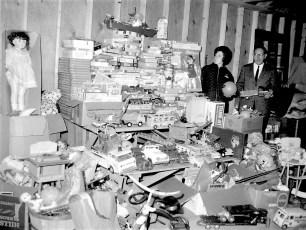 Hudson Jaycees Toys for Christmas 1967