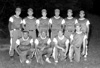 Hudson Men's Softball Team 1967 (1)