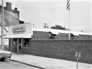 Leo's Bar & Grill Warren St. Hudson 1973