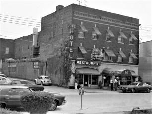 St. Charles Hotel Hudson 1973