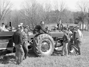 4H Club & Farm Bureau visit Hein's Eq. Co. in Valatie 1969
