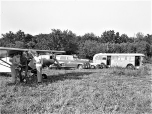 Col Cty Civil Air Patrol searching for lost plane 1960 (1)