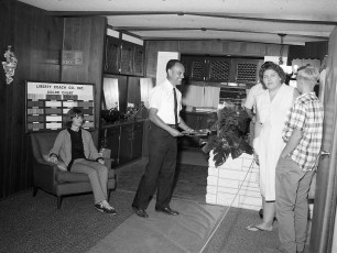 Hudson Mobile Homes John Alvarez at Col. Cty. Fair 1966 (1)