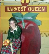 Col. Cty. Harvest Queen Marjorie Hendershot 1971 (3)