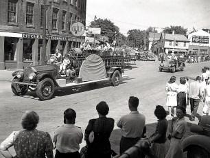 Hudson Firemans Parade 1945 (7)
