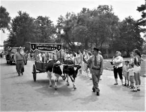 Col. Cty Volunteer Fireman's Parade Livingston 1958 (11)