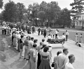 Col. Cty Volunteer Fireman's Parade Livingston 1958 (8)