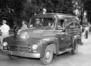 Col. Cty. Volunteer Fireman's Parade Copake 1958 (8)