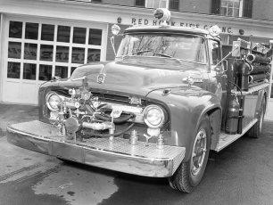 Red Hook Fire Dept. Pumper 1956 (2)