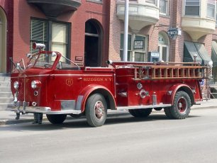 Hudson Fire Co. #8 Hoysradt old and new pumpers 1967 (2)