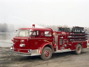 Hudson Fire Co. #8 Hoysradt old and new pumpers 1967 (3)