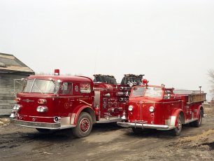 Hudson Fire Co. #8 Hoysradt old and new pumpers 1967