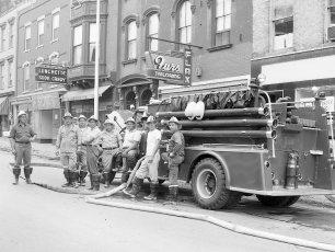 Multi Fire Company Emergency Water Test Warren St. Hudson 1964 (4)