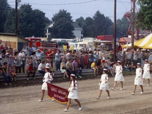 Col. Cty. Fire Parade Chatham 1973 (6)