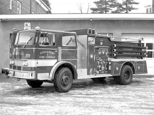 Stockport Fire Co. receives new pumper 1971 (2)
