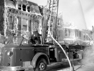 Hudson Fire General Alarm Warren Street Feb. 1951 (15)