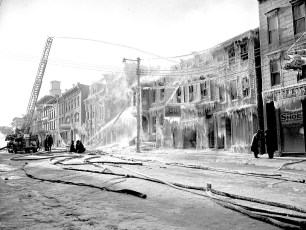 Hudson Fire General Alarm Warren Street Feb. 1951 (17)