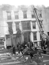 Hudson Fire General Alarm Warren Street Feb. 1951 (4)