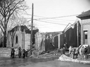Hudson Fire St. Mary's Academy Hall Mar. 1950 (1)
