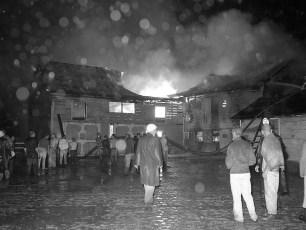 Kinderhook Fire Van Alstyne's Barn Aug. 1959 (2)