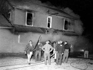Clermont Fire Lights Inn Rt. 9 Oct. 1960 (2)