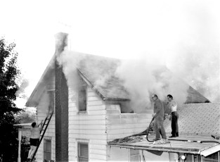 G'town Fire Isabel Disher Cheviot June 1971 (2)