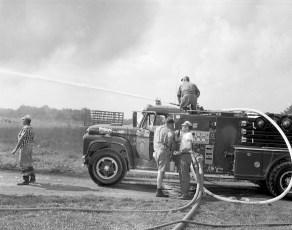 Livingston Fire Paszko Farm barn Manorton Sept 1971 (6)