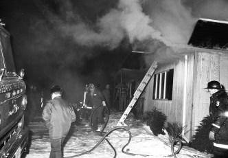Livingston Fire Roger Miner Rt 31 Dec. 1975 (2)