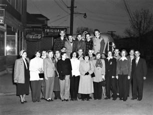 GCS Seniors off to DC 5AM Apr 1950 (2)