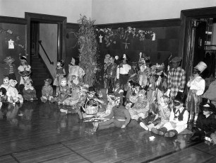 GCS Halloween Party 1961 (1)