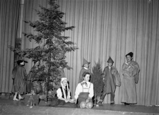 GCS Xmas Concert 1956 (5)