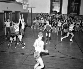 GCS 1957 Basketball at home (4)