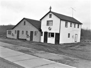 New Harlem Bar & Grill Hillsdale NY 1954