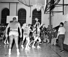 Hudson High School Varsity Basketball 1957 (4)