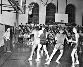 Hudson High School Varsity Basketball 1957 (5)