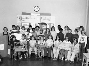 Hudson Middle School Mr. Farham's 6th Grade 1976