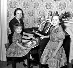 Gloria, Judy & Marylou Bartolotta 1955