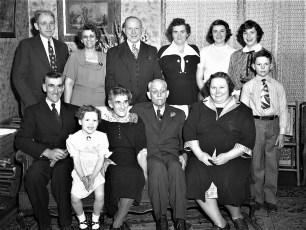 Mr & Mrs Gus Cross 55th Anniversary 1952 (2)