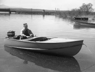 Ray Roberts RoeJan Boat Club 1952