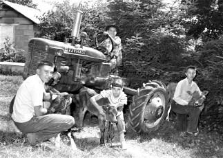 The Nahlik children G'town 1955