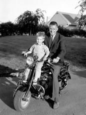 Mayor Sam Wheeler with son Glenn Hudson 1965